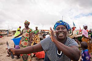 Women in Senegal. © Clément  Tardif / Greenpeace