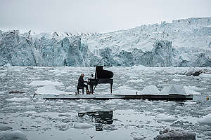 Composer and Pianist Ludovico Einaudi Performs in the Arctic Ocean. © Pedro Armestre / Greenpeace