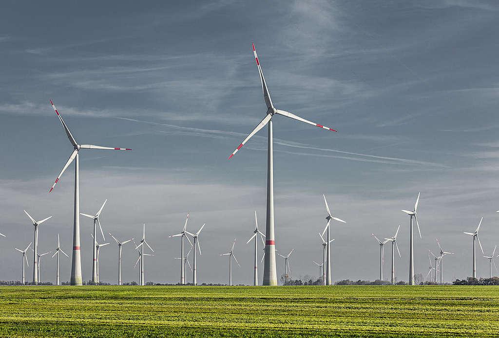 淘汰燃煤、發展再生能源已成為全球趨勢。使用乾淨的能源有助於減緩氣候變遷,更有利於改善空氣品質。