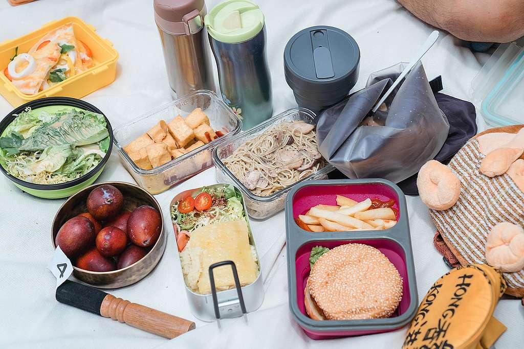 保溫杯、食物袋、保鮮盒、不銹鋼碗,玲瑯滿目的環保產品,您收藏了幾個?