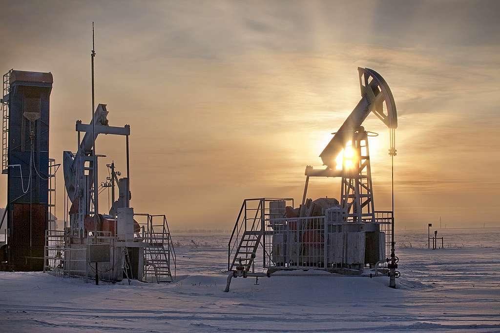 化石燃料是導致地球加速暖化、極端氣候頻傳的元凶 。