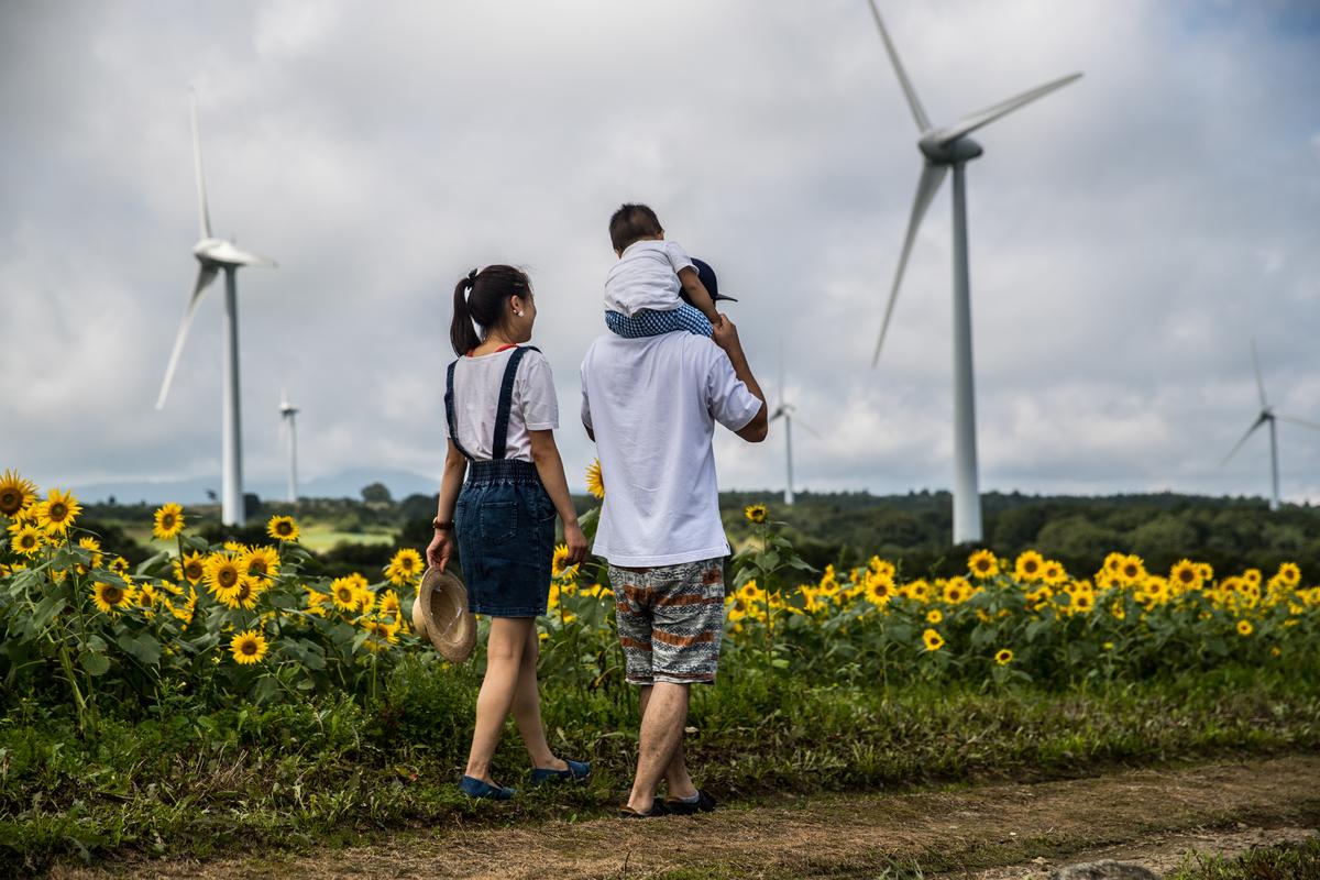 歷經核災危機與艱難的重建過程後,日本福島縣宣布,將在2040年達到全縣100%使用再生能源。