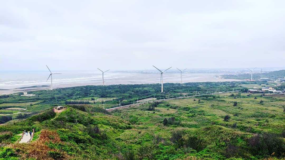 「淨零碳排」已是全球共識,以綠能為導向的電力系統將是全球電力系統轉型的方向。© Tina Yuan / Greenpeace