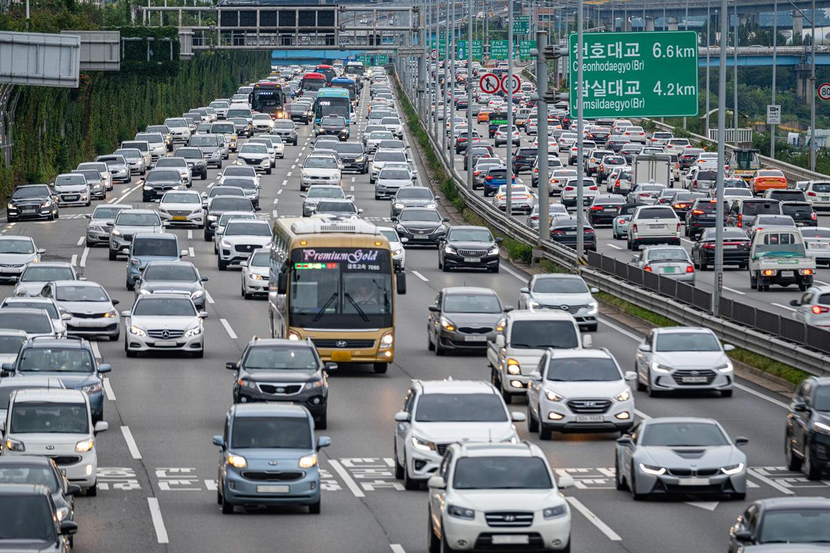 交通運輸的碳排放佔全球溫室氣體的16%,甚至影響空氣品質,因此淘汰燃煤車是減緩氣候變遷的重點工作之一。