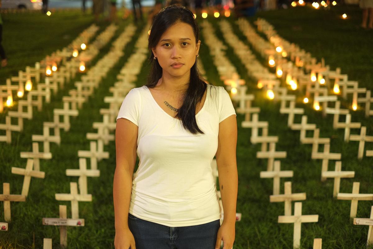 Joanna Sustento是2013年海燕風災的倖存者,她與綠色和平共同為極端氣候下受災的人民爭取權益,並問責高碳排企業應做出改變。