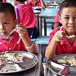 กระทรวงศึกษาฯ อย่าลืมปัญหาอาหารกลางวันโรงเรียน