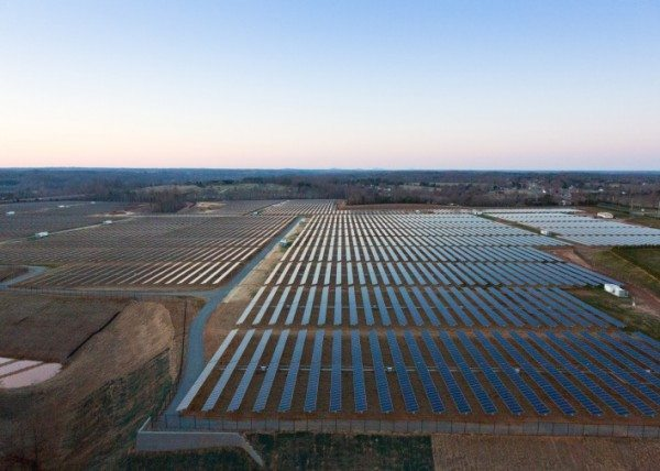 Solar panels at Apple's data center in Maiden, NC. Courtesy GigaOM