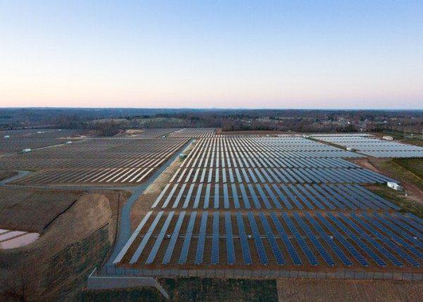 Solar panels at Apple's data center in Maiden, NC. Courtesy GigaOM