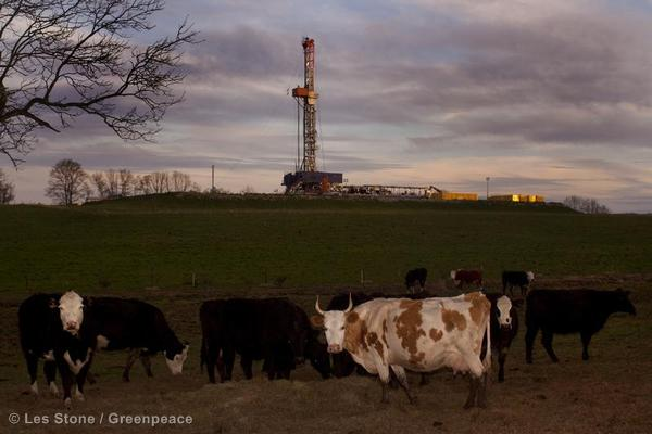 Pennsylvania fracking gas well being drilled near a PA farm.