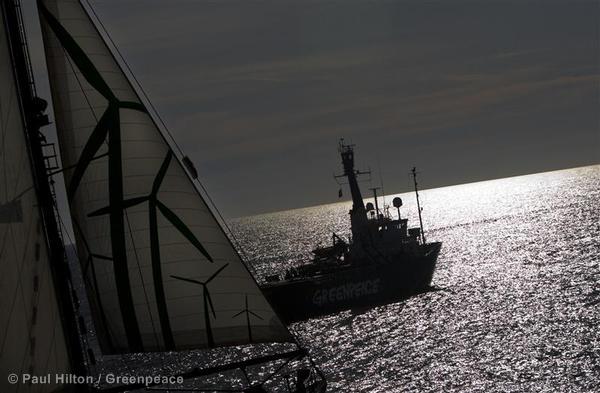 RW and Arctic Sunrise in the Mediterranean