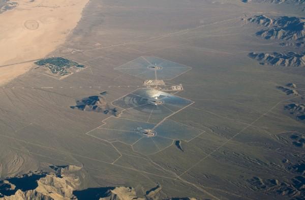 The Ivanpah facility sprawls across 5km of California desert.