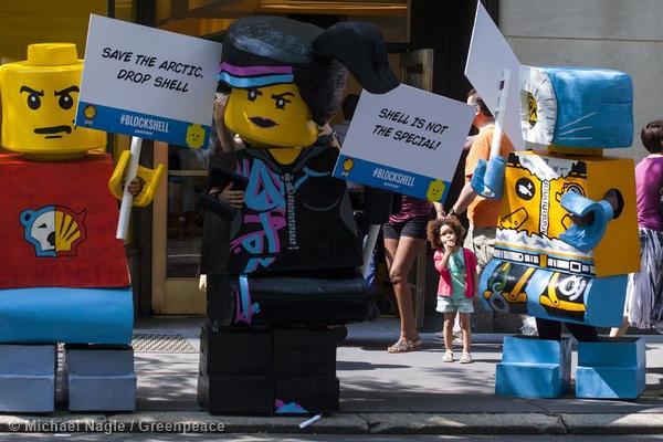 Block Shell Protest LEGO New York