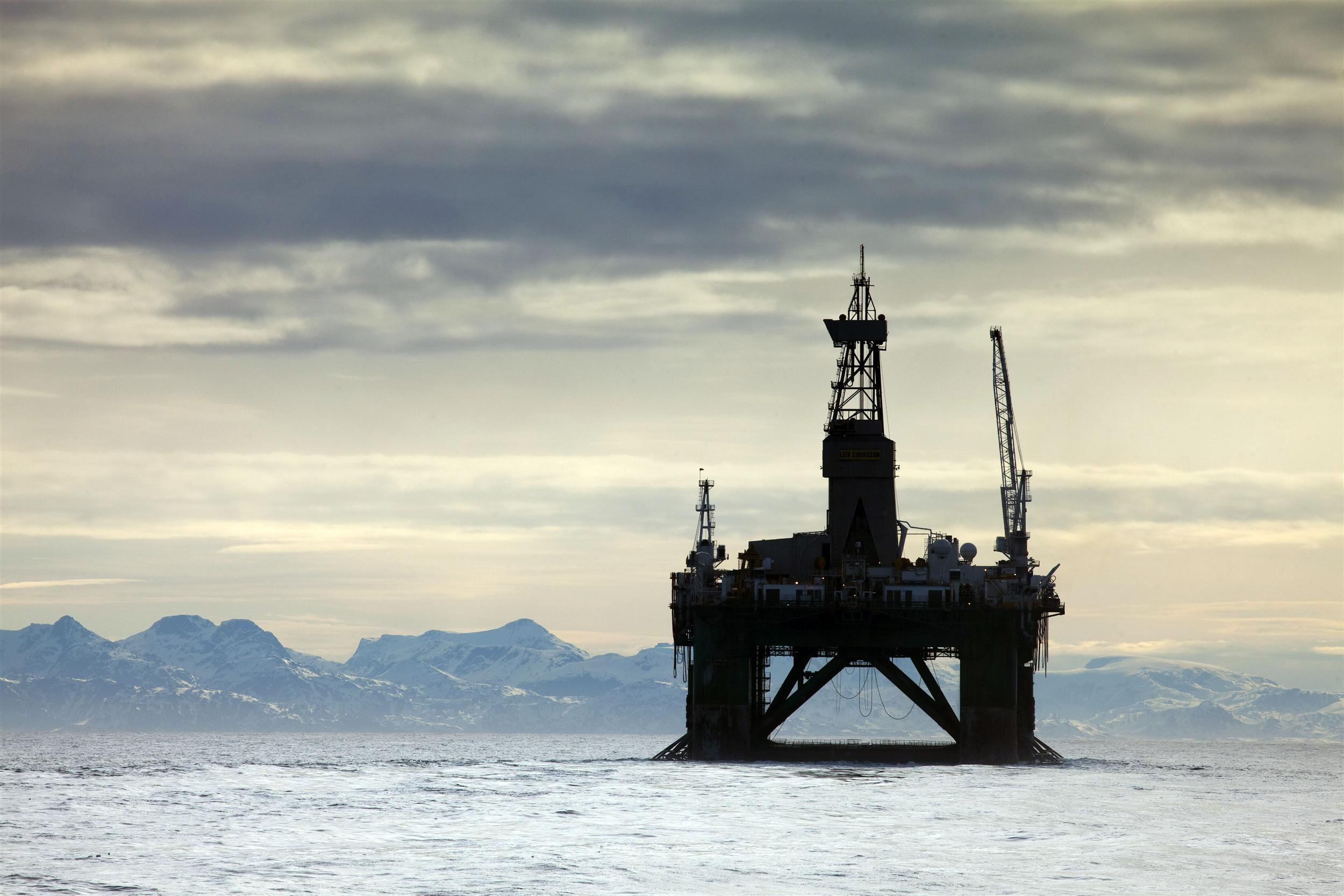 US approves oil drilling in Alaska waters, prompting fears for marine life