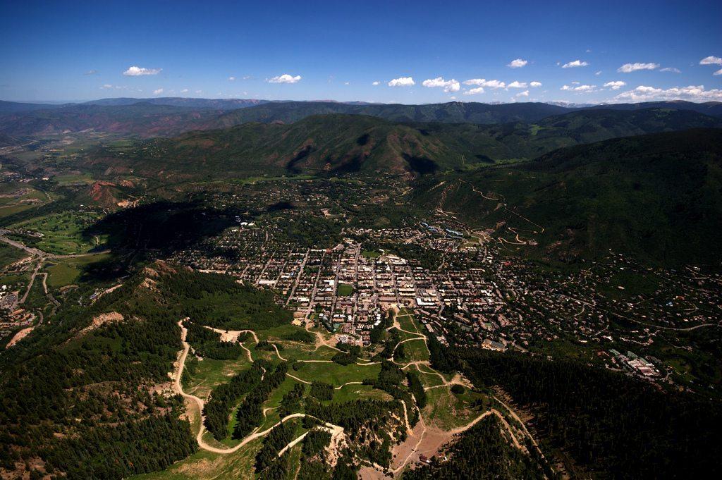 Aspen, CO. Photo credit Gina Collecchia / Creative Commons