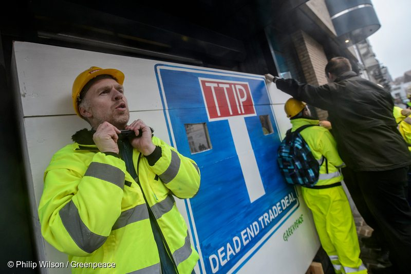 Greenpeace activists have blocked EU and US negotiators from holding secret talks in Brussels for a trade deal that would give multinational corporations unprecedented power. The protesters warned that TTIP – the Transatlantic Trade and Investment Partnership agreement – is a threat for democracy, environmental protection, health standards and working conditions