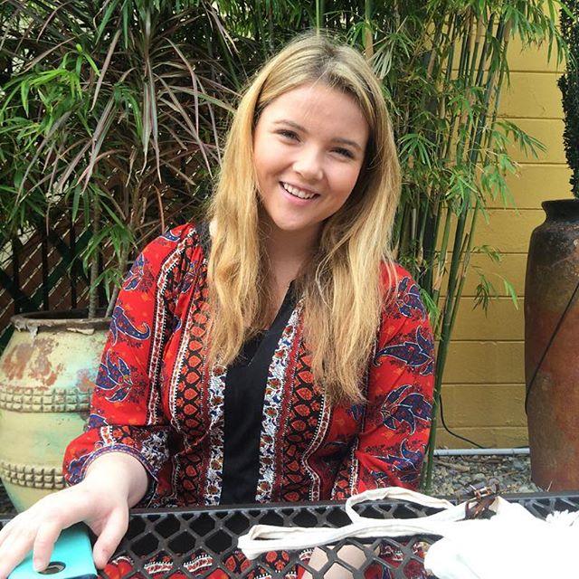 Olivia Smith photo
