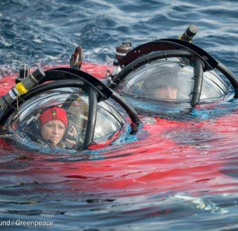 Dr. Susanne Lockhart and submarine pilot John Hocevar