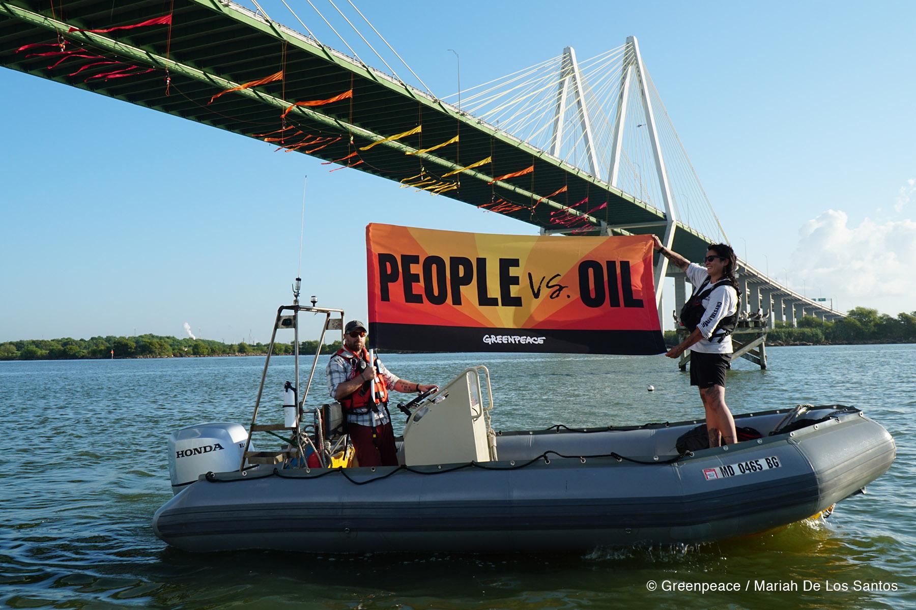https://www.greenpeace.org/usa/wp-content/uploads/2019/09/people-vs-oil-banner-houston-hero.jpg