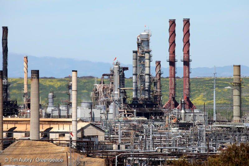 Chevron's refinery in Richmond, California. Google's contracts with Chevron are unacceptable if we want a climate safe future.